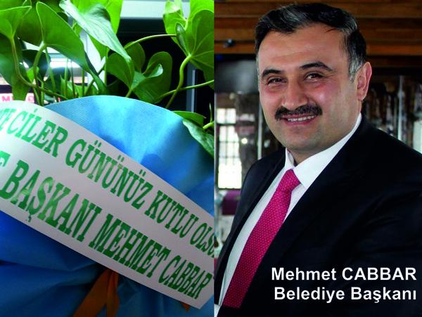 Başkan Cabbar'dan Gazetecilere Çiçekli Kutlama